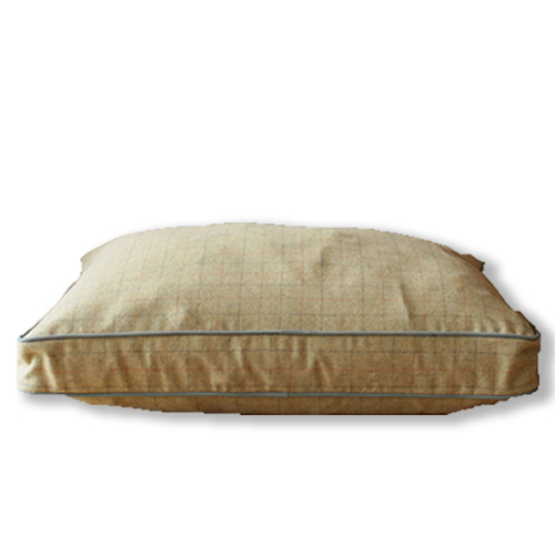 luxury-tweed-dog-bed.jpg_0002_HiResOnWhiteCotMicroBiscCord